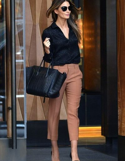 Latest Office & Work Outfits Ideas for Women (1)